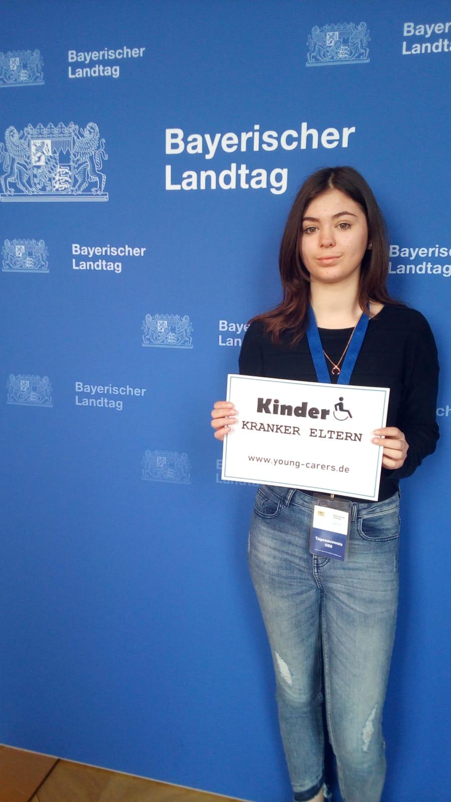 Youngcarer, pflegende, Kinder, pflegende Jugendliche, Kinder kranker Eltern Politik Landtag